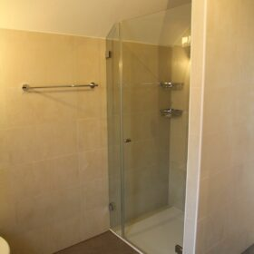 appartement A - douche aux combles