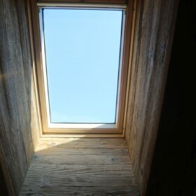 roof window (velux)