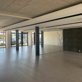 BEFORE WORK - commercial spaces on the ground floor