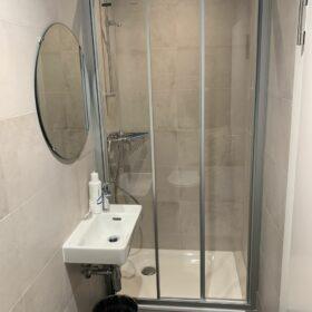 création d'une douche pour les employés